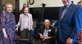 39-й Президент США Джимми Картер и Розалин Картер отмечают 75-летие совместной жизни